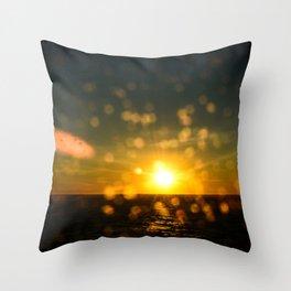 Splash sunset Throw Pillow