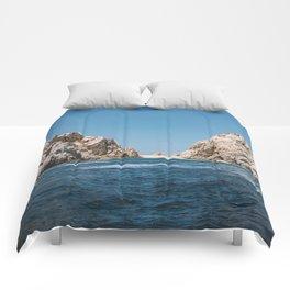 Lovers Beach II Comforters