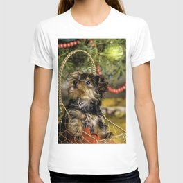 Tiny Yorkie Puppy in a Gold Star Basket underneath a Christmas Tree T-shirt