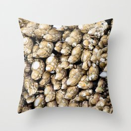 barnacle micro scape Throw Pillow