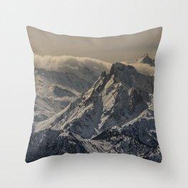 MOUNTAIN - RANGE - SNOW - PHOTOGRAPHY Throw Pillow