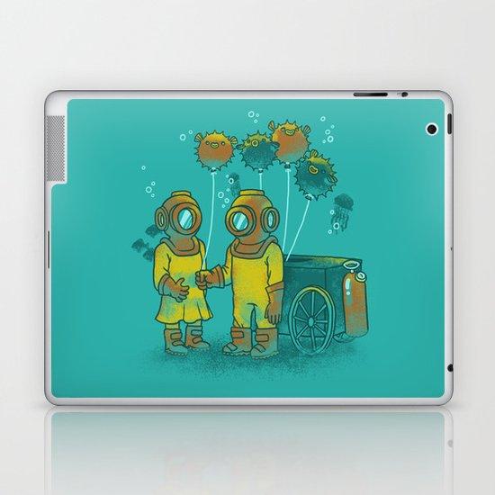 the BalloonFish Vendor Laptop & iPad Skin