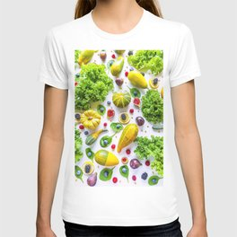 Fruits and vegetables pattern (1) T-shirt