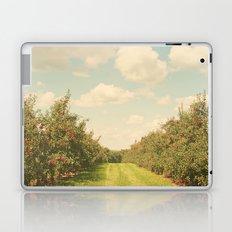 Allée de Pommes Laptop & iPad Skin