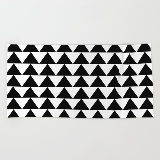 Black & White Triangles Beach Towel