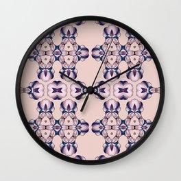 p16 Wall Clock