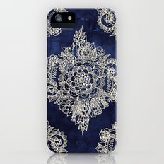 Cream Floral Moroccan Pattern on Deep Indigo Ink Slim Case iPhone (5, 5s)