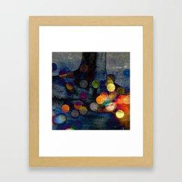 QUI ES TU Framed Art Print