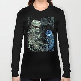 Chrysaora hysoscella (Dark) Long Sleeve T-shirt
