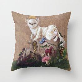 Naturaleza Invicta Throw Pillow