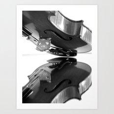 VIOLA MIRROR Art Print