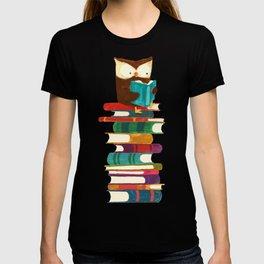 Owl Reading Rainbow T-shirt