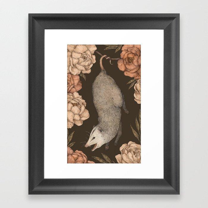 The Opossum and Peonies Gerahmter Kunstdruck