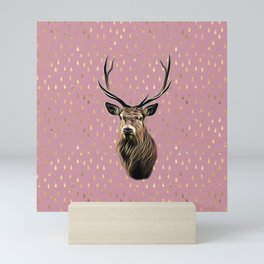 Highland Stag on pink and gold raindrop pattern Mini Art Print