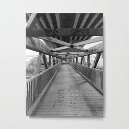 Puente escondido Metal Print