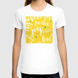 "Christmas 'Peace, Joy, Love, Believe"" Pattern T-shirt"