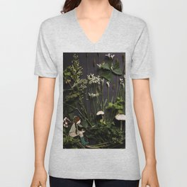Bridie and the Robins in the Forest of Shamrocks Unisex V-Neck