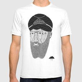 Sikh Guru with Fully Sick Beard and Bejeweled Turban T-shirt
