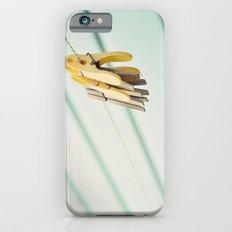 Pegs by a beach hut Slim Case iPhone 6s