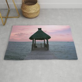 Centered Bungalow Rug