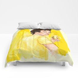 Harry is all yellow Comforters