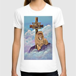 Lion of Judah at the Cross T-shirt