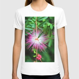 Flower photography by Uthpala Shyamendra T-shirt