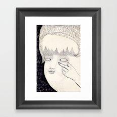 Lente de contacto Framed Art Print