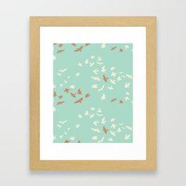 aves chatter Framed Art Print