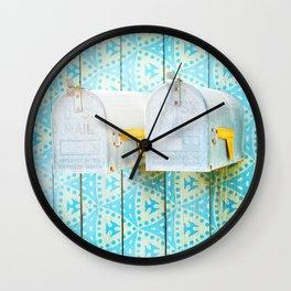 LA mailboxes 3586 Wall Clock