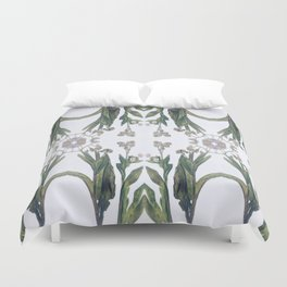 Forget Me Nots Study Dos Duvet Cover