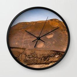 Desert Rock Art - Petroglyphs - IIa Wall Clock