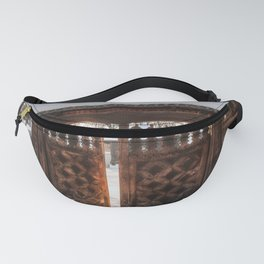 Enter the gate into the winter season! Fanny Pack