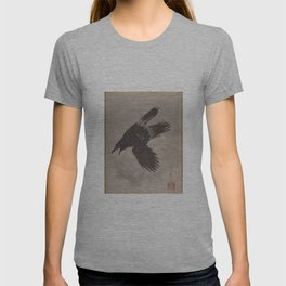 Crow Flying in the Snow by Kawanabe Kyosai T-shirt