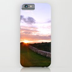 Couple walking at sunset iPhone 6s Slim Case