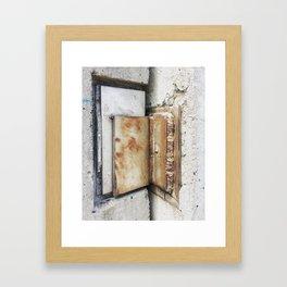 Hold the door! Framed Art Print