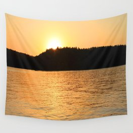Sun Sets On The Lake Wall Tapestry