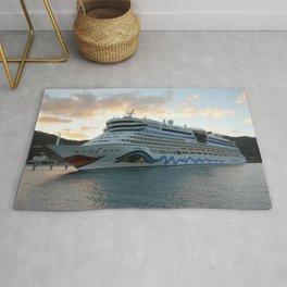 AIDAluna Cruise Ship in Road Town on Tortola Rug