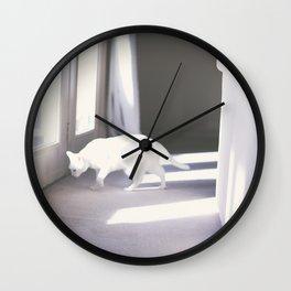 Le chat blanc Wall Clock