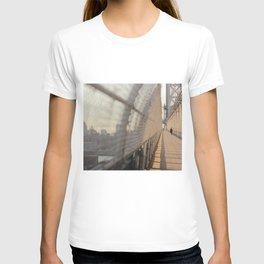 BROOKLYN BRIDGE, NY T-shirt