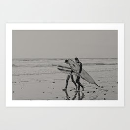 Surfer Stroll Art Print