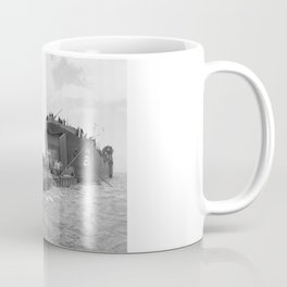 Lst-21 Unloads Tanks During Normandy Invasion Coffee Mug