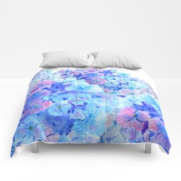 mountain of hydrangea Comforters