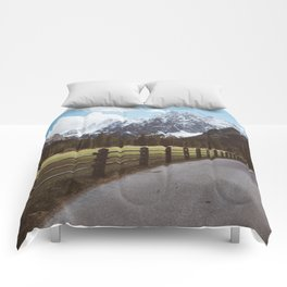 Let's hike together - Landscape and Nature Photography Comforters