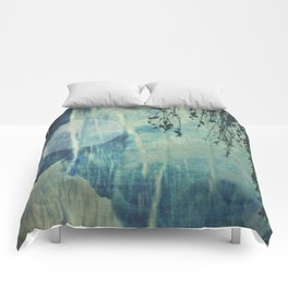 dreaming under the birch Comforters