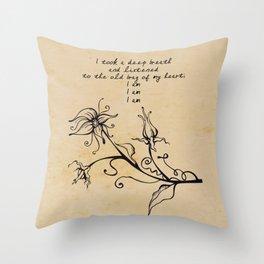 Sylvia Plath - I am Throw Pillow