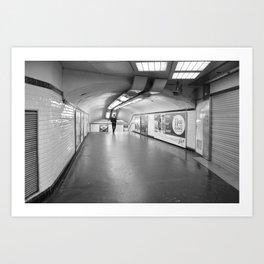Dans le métro parisien Art Print
