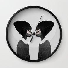 A Reflection Wall Clock