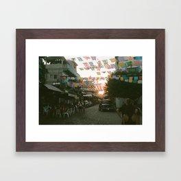 SAYING GOODNIGHT Framed Art Print
