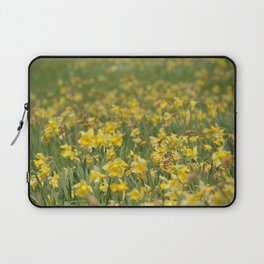 A field of Daffodils Laptop Sleeve